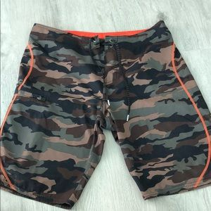 Camouflage men's board shorts
